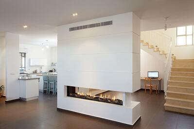 A Clear 200 Tunnel Fireplace