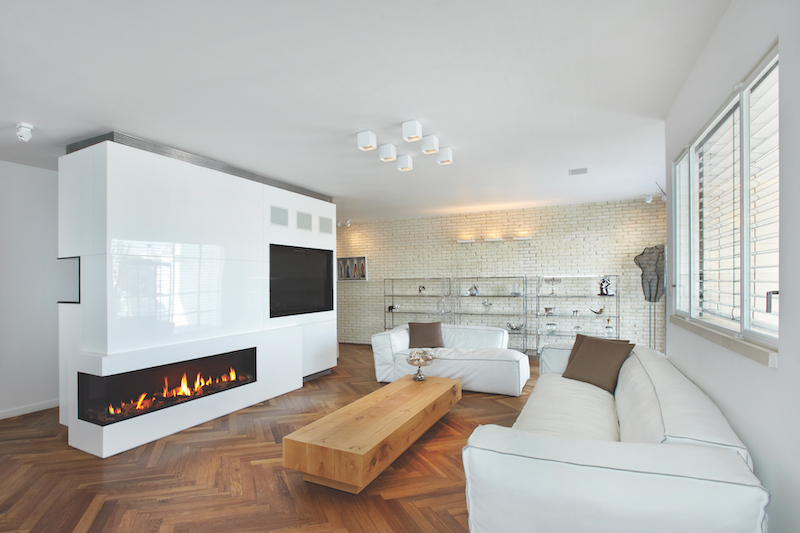 Ortal-BLOG-Talking-Points-for-Designers-Upgrading-Clients-with-a-Luxury-Fireplace